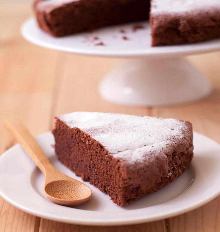 Bizcocho de chocolate casero y facil.